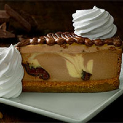 The Cheesecake Factory: Any Slice Half Price - July 29 & 30