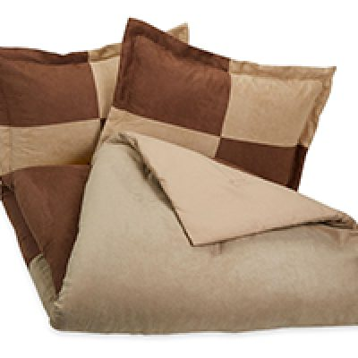 AmazonBasics 3-Piece Microsuede Comforter Set Just $14.27 + Prime