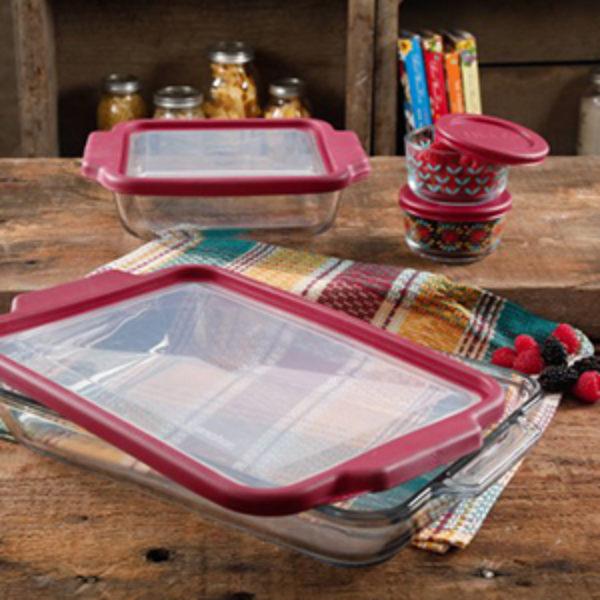 Pioneer Woman 8-Piece Glass Bake Set Just $19.71 (Reg $30)